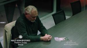 Расследование Хейли Дин: Смерть на службе